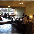 珍珠茶屋-室內坐位.JPG