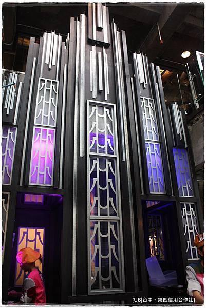 第四信用合作社-一樓屏障.JPG