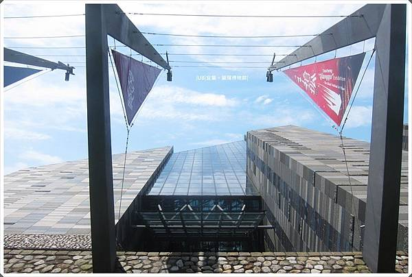 蘭陽博物館-入口旗桿-1.JPG