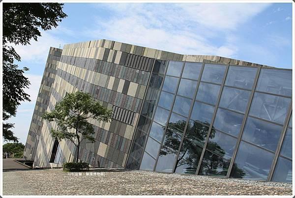 蘭陽博物館-側面-1.JPG