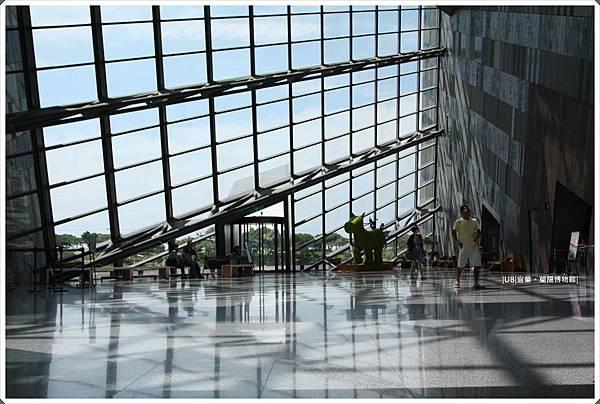 蘭陽博物館-館內透窗.JPG