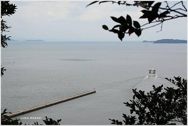 豐島美術館-瀨戶內海.JPG