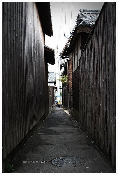 直島-本村港-巷.JPG