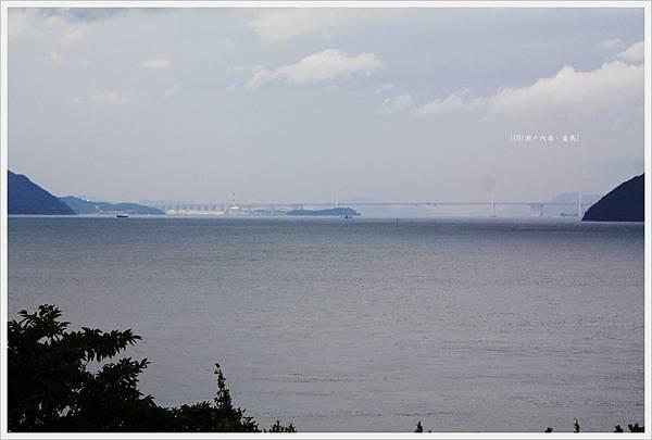 直島-美術-Benesse House-明石海峽大橋.JPG