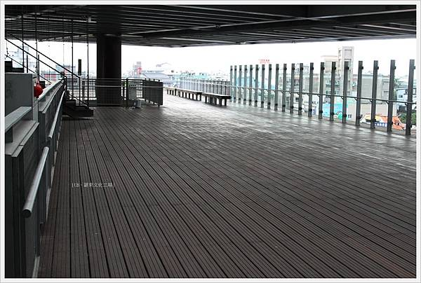 羅東文化工場-大棚架上.JPG