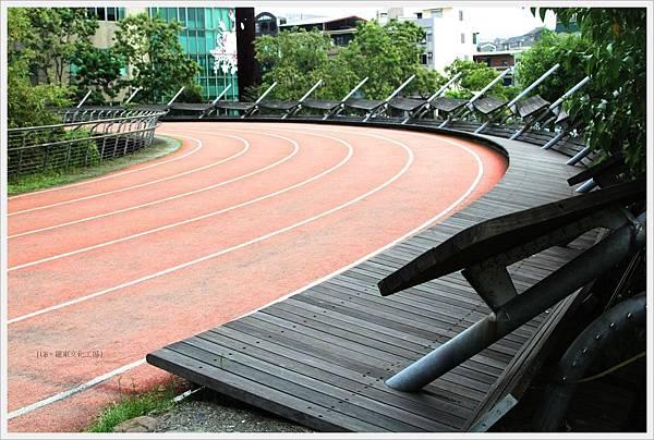 羅東文化工場-跑道-1.JPG