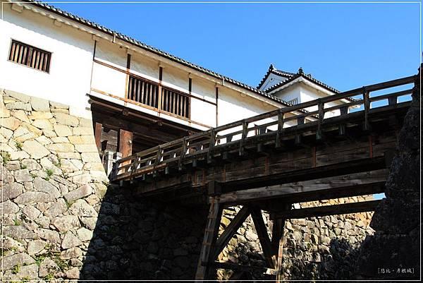 彥根城-天秤櫓.JPG