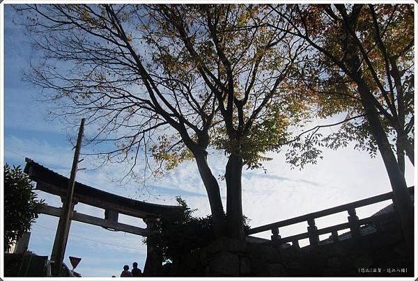 近江八幡-鳥居.jpg