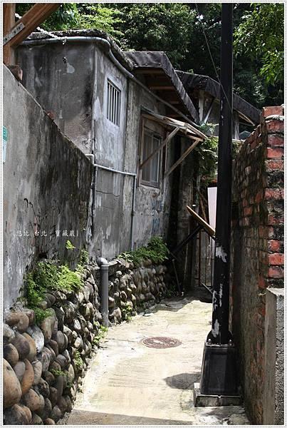 寶藏巖-小窄巷.JPG