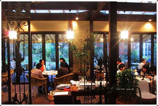 近江八幡-CLUB HARIE-cafe店內.jpg