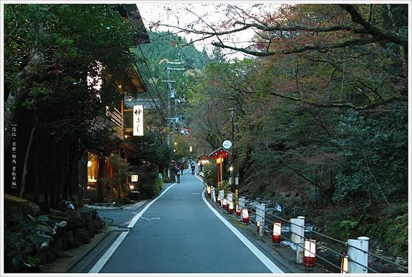 賞楓列車-貴船神社往奧宮沿路-2.jpg