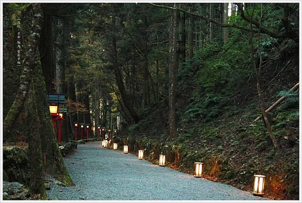 賞楓列車-貴船神社-奧宮前-1.jpg