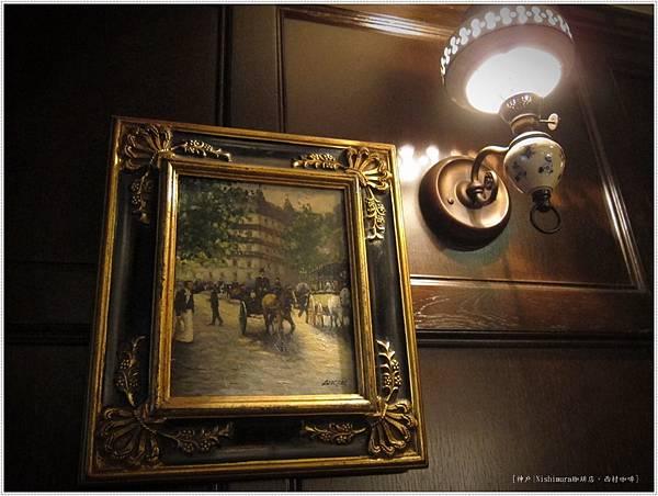 西村咖啡-內部牆面-1.JPG