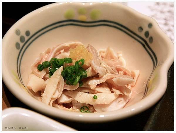 博多-華味鳥-水炊雞鍋-涼拌雞肉絲.JPG