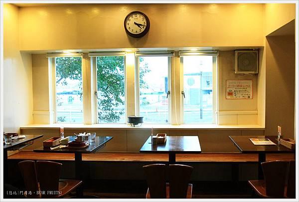門司港-BEAR FRUITS-靠窗座位-1.JPG