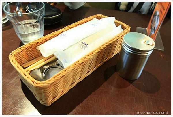 門司港-BEAR FRUITS-餐具.JPG