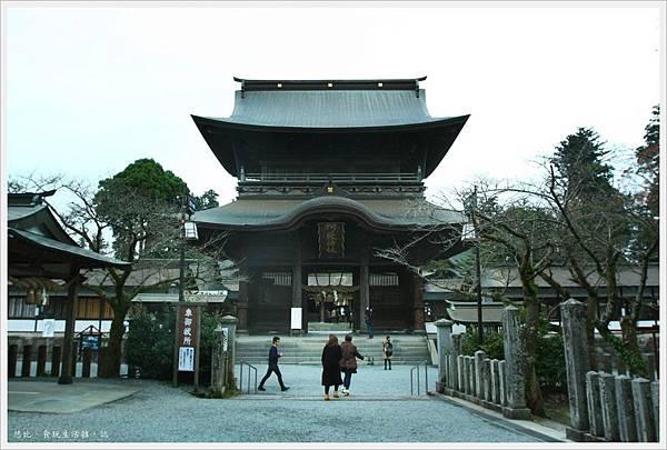 阿蘇神社-樓門正面-1.JPG