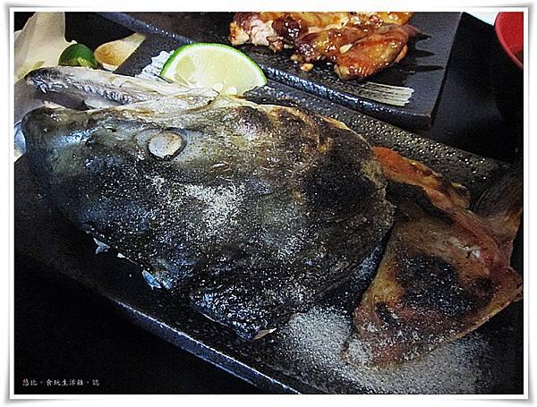 鮮極-炭烤挪威鮭魚頭.JPG