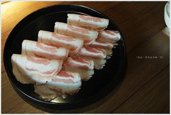 拾七-培根豬肉-1.JPG