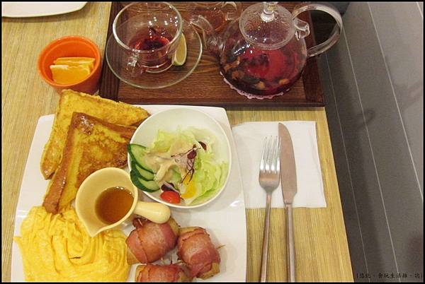 鮭魚咖啡-法國吐司早餐set.JPG