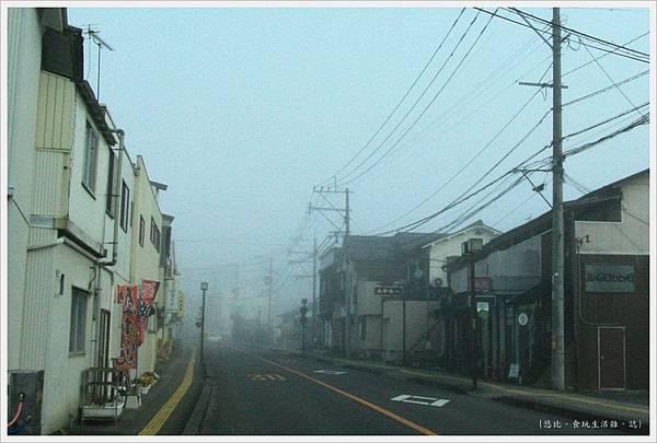 由布院-清晨街道.JPG
