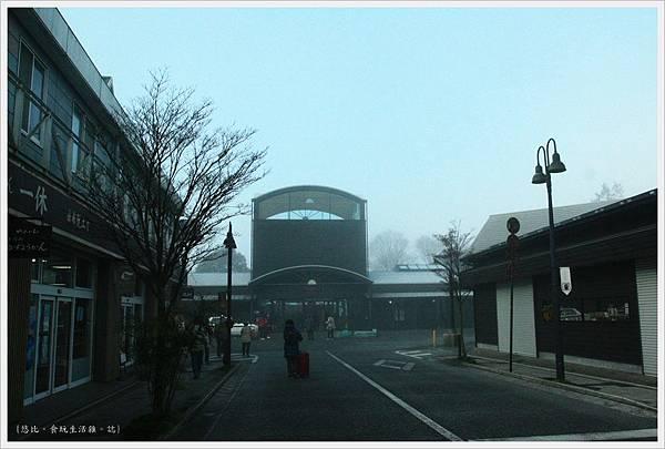 由布院-霧鎖車站-1.JPG