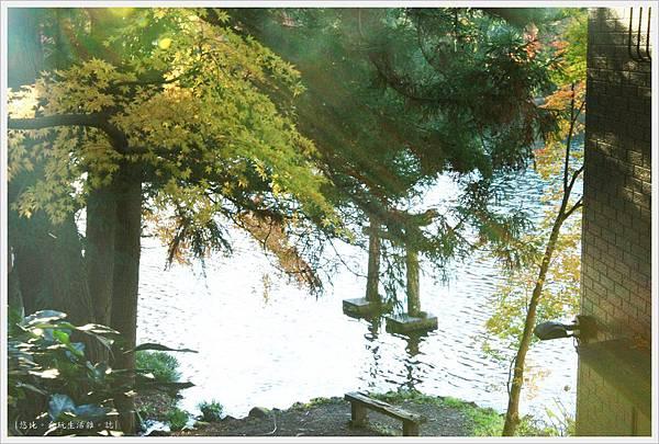 由布院-金麟湖-鳥居-1.JPG