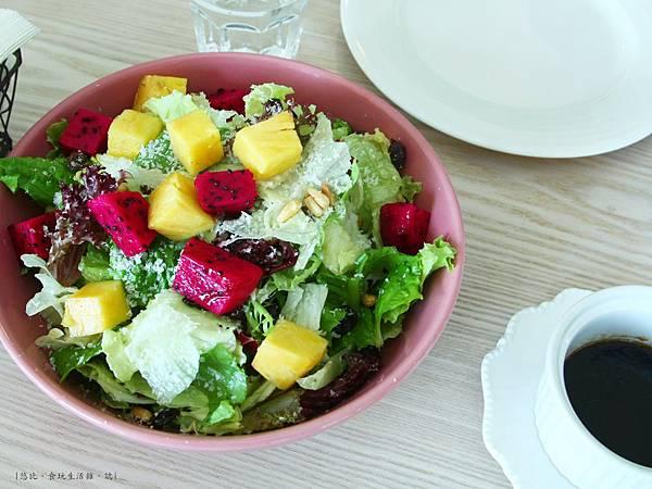 采cafe-每日蔬果新鮮沙拉.JPG
