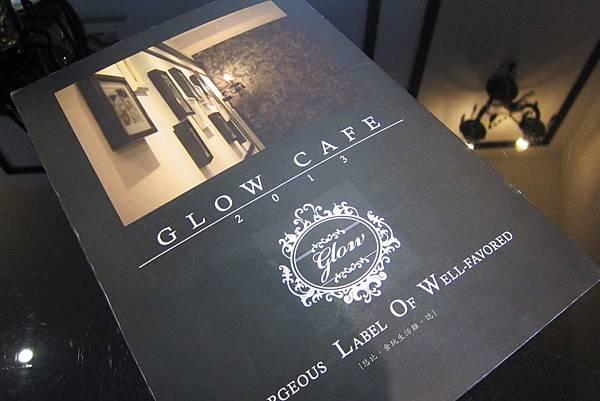 glow cafe-MENU後.JPG