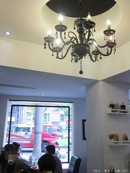 glow cafe-店內座位-9.JPG