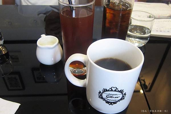 glow cafe-飲料.JPG