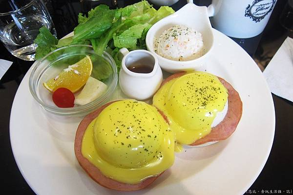 glow cafe-經典班尼迪克蛋-1.JPG