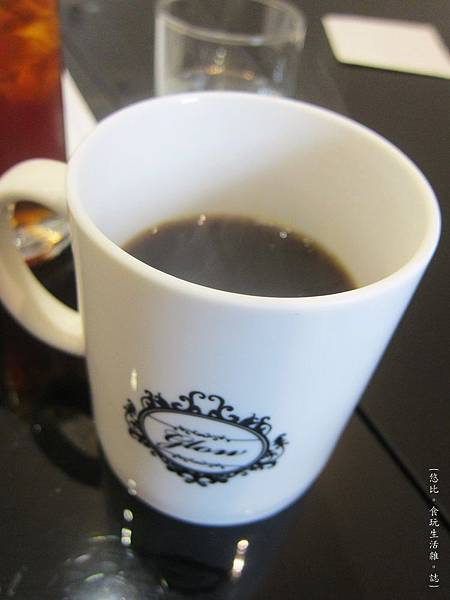 glow cafe-熱咖啡-1.JPG