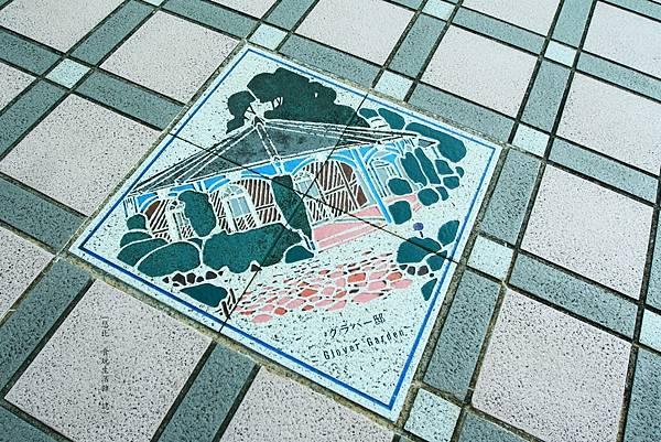長崎站-地磚.JPG