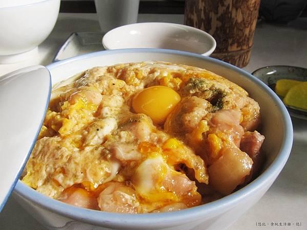 鳥岩樓-親子丼-1.JPG