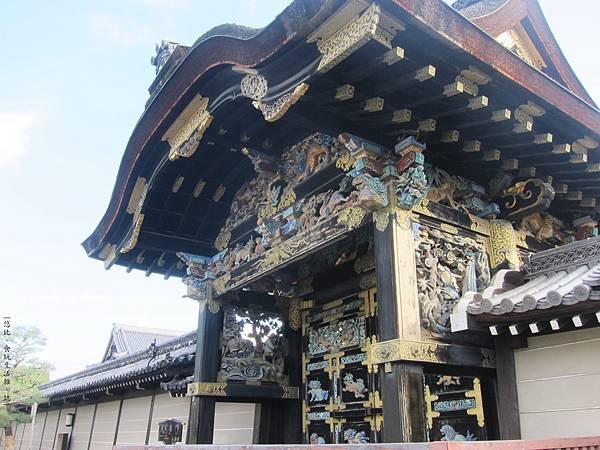 西本願寺-唐門-1.JPG