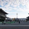 東本願寺-寺內的京都塔-1.JPG