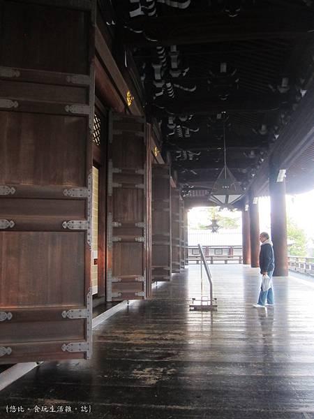 東本願寺-御影堂長廊-1.JPG