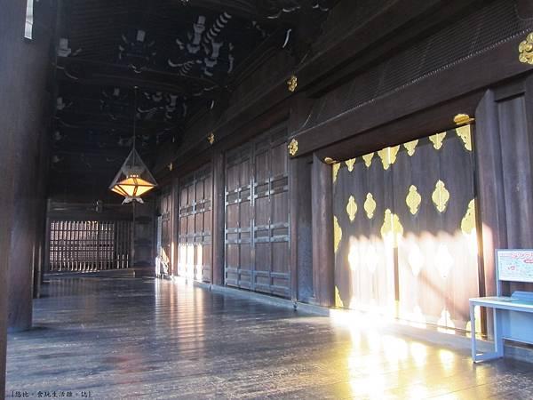 東本願寺-御影堂長廊-2.JPG