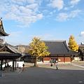 東本願寺-御影堂長廊外-3.JPG