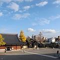 東本願寺-總合案內所-1.JPG