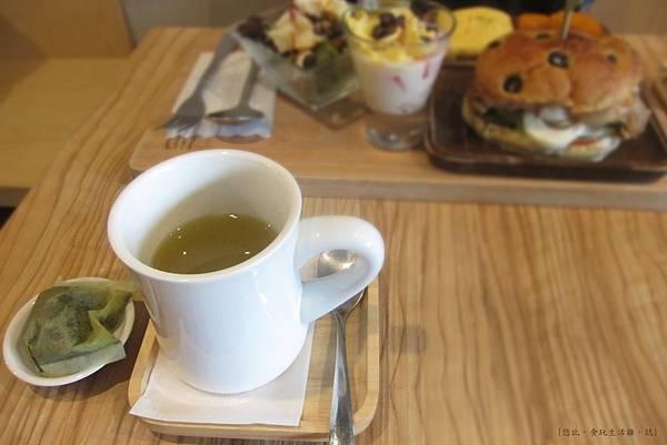 初日-熱玄米茶-1.JPG