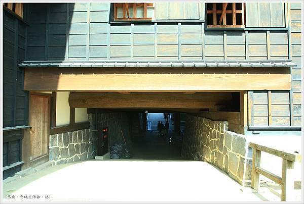 熊本城-本丸御殿-底下通道.JPG