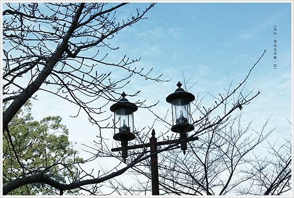 熊本城-長牆大街街燈.JPG