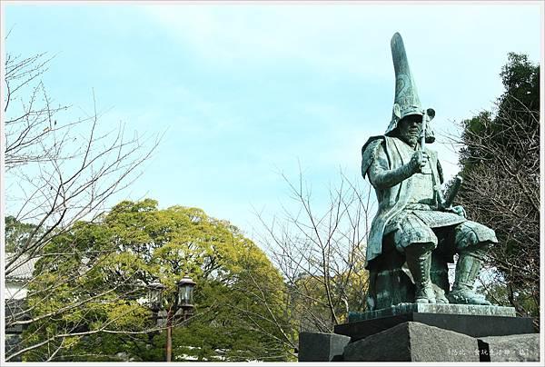 熊本城-清正公銅像.JPG