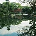 涉成園-印月池侵雪橋-1.JPG