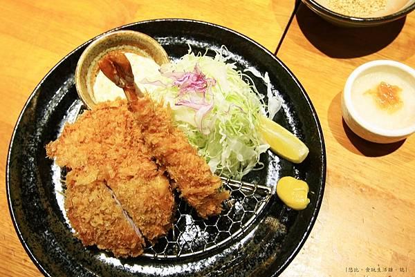 勝烈亭-炸蝦與腰內肉炸豬排-1.JPG