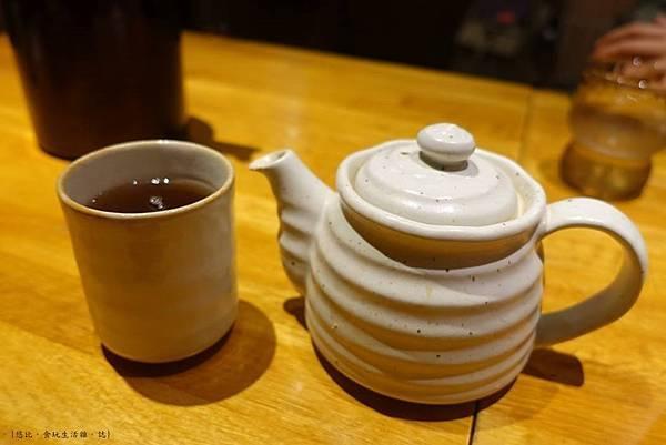 勝烈亭-茶水.jpg