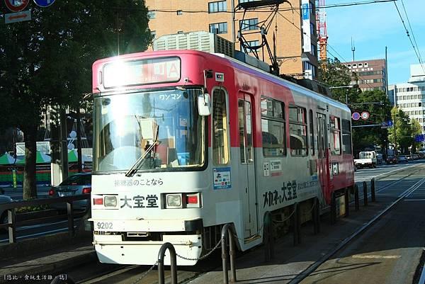勝烈亭-路面電車.JPG