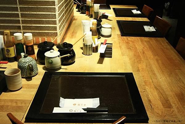 勝烈亭-餐盤-1.JPG